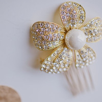 Gold Bridal Crystal and Pearl Flower Hair Pin by bethanylorelle