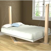 Interesting and Unusual Bed Styles | Listphobia