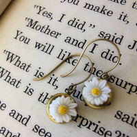 Vintage Locket Daisy Earrings | Luulla