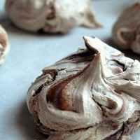 Nutella meringues. 
