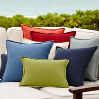 SOLID INDOOR/OUTDOOR PILLOW