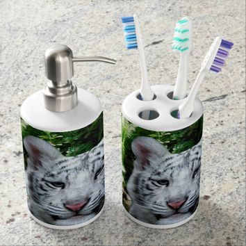 White Tiger Bath Set
