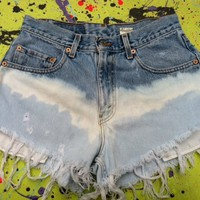 Levi&#x27;s Tie Dye Shorts | Luulla