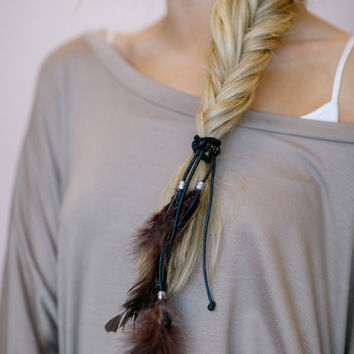 Feather Hair Ties, Ponytail Holder, Elastic, Boho Leather RED Hair Accessories with Layered Feathers, Fashion Hair Ties Boho
