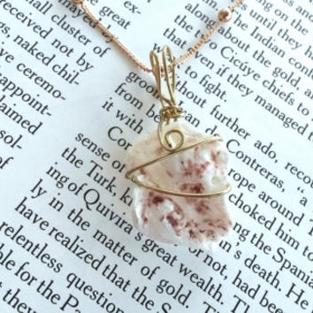 Beach Jewelry - Bridal Jewelry  - Bohemian Jewelry - Seashell Necklace - Purple Necklace - Gold Jewelry  - Seashell Art  - Boho Jewelry
