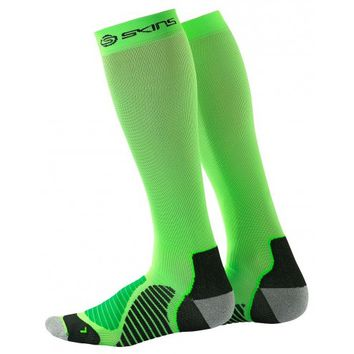 Skins Essentials Unisex Lightweight Compression Run Socks