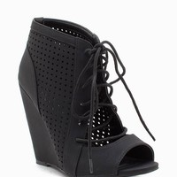Elisha 11 Perfo Lace Up Wedge