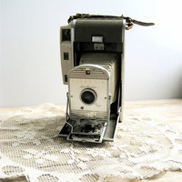 Vintage Polaroid Camera by lovintagefinds on Etsy