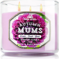 "3-Wick Candle <a href=""http://m.bathandbodyworks.com/product/index.jsp?productId=42164316&cp=4090263.45064586.45064486"" data-params=""p+cp=4090263.45064586.45064486"">Sweet Cinnamon Pumpkin</a>"