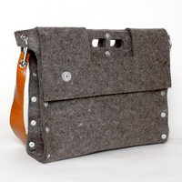 Carga 02 Messenger - Bestsellers - Yanko Design