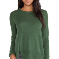Notch Hem Crewneck Sweater in Moss Heather