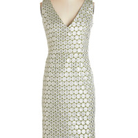Sleeveless Shift Exquisitely Effervescent Dress