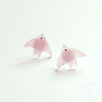 tiny bird studs earrings, pastels pink bird, hand drawn illustration, swallow, miniature, rustic, romance, bridal, summer earrings
