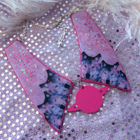 Hot Pink Wolf Pack Acrylic Collar Necklace