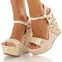 Dazzle Me Wedges: Cream/Gold