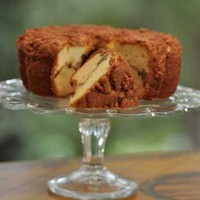 Miss Ellie&#x27;s Cinnamon Walnut Coffee Cake