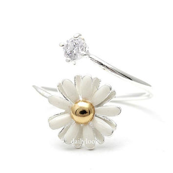 daisy adjustable ring,flower ring, wedding ring,rings for women,bridesmaid rings,engagement rings,engagement gift
