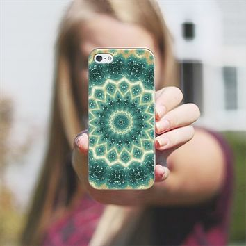 floral motif iPhone 5 case by Sylvia Cook | Casetify