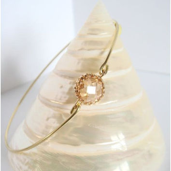 Peach faceted glass and gold bangle by Cecileis on Etsy