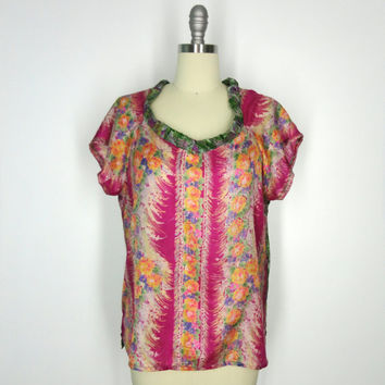 Silk T-Shirt Blouse / Hand Made / Vintage Indian Silk Sari / Green Pink Floral Print / Size M Medium