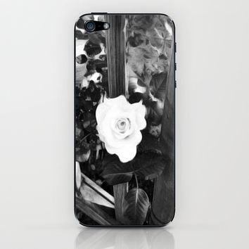 Rose iPhone & iPod Skin by llaurenrachell | Society6