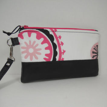 Zipper Top Wristlet / Black Leather with White Twill Clutch Wristlet / iPhone Pouch Wallet / Make Up Bag / Accessory Pouch / Ready to Ship