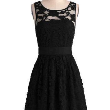 BB Dakota LBD Mid-length Sleeveless A-line When the Night Comes Dress in Noir