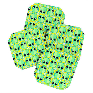 Chobopop Sad Alien And Daisy Pattern Coaster Set