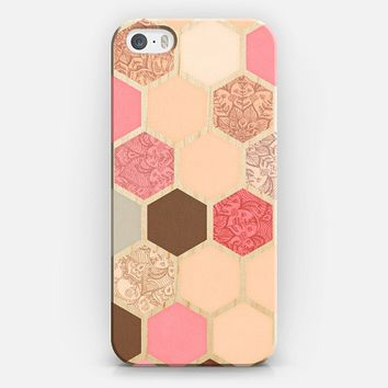 Caramel, Cocoa, Strawberries & Cream Transparent Hexagon Pattern iPhone 5s case by Micklyn Le Feuvre | Casetify