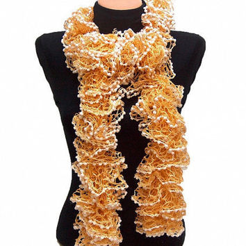Hand knitted GoldWhite ruffled scarf by Arzus on Etsy