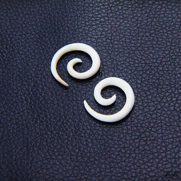 8g Spiral Gauge, Small Bone Earring 3.2mm or 8 Gauge Piercing Plug Earring