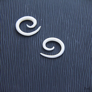 10g Spiral Gauge, Small Bone Earring 2.4mm or 10 Gauge Piercing Plug