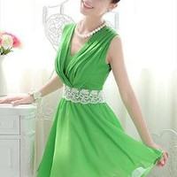 Fresh Green V-neck Chiffon Dress
