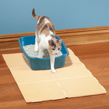 The Litter Containment Mat - Hammacher Schlemmer