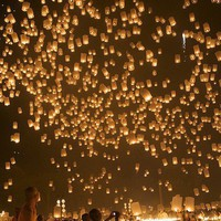 Loy Kratong (Floating Lantern) Festival in Chiang Mai, Thailand. - I cannot believe this is real!