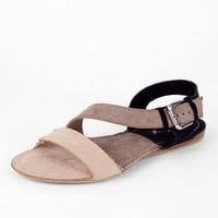 Hink Suede Flat Sandals in Black :: tobi
