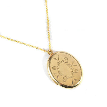Vintage Monogrammed Locket Necklace Pendant Gold Filled Engraved Personalized Jewelry Late Art Deco Jewelry