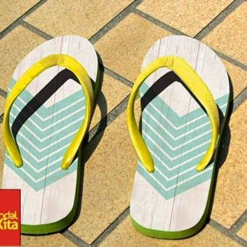 Flip Flops - Wood Geometric Teal