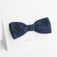 Navy bow tie with white stripes - double sided