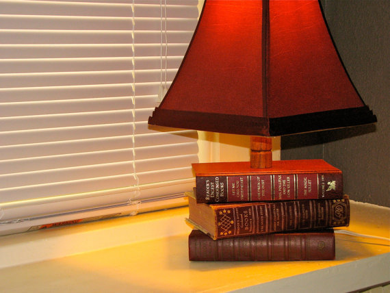 Repurposed Book Lamp