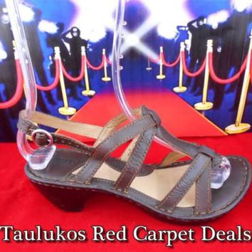 $95 Womens shoe BORN Ankle Strap Wedge Platform Comfort Brown LEATHER Sandal 6 M