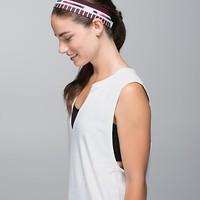 fly away tamer headband *quilt | women's headwear | lululemon athletica