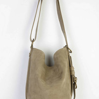 BDG Beau Convertible Sling Bucket Bag - Urban Outfitters