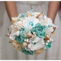 SALE // Seashells Wedding Bouquet for Beach Wedding. Turquoise and Beige Wedding Bouquet. Beach Bouquet
