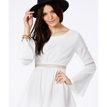 Missguided - Laquanda White Crochet Bell Sleeve Romper
