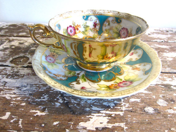 Hand Painted Tea Cup Vintage Teacup Saji Tea Cup  Green Clover