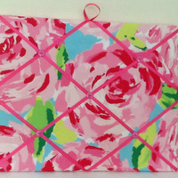 Lilly Pulitzer fabric covered memo board in Hotty Pink First impression. Perfect for college dorm room.