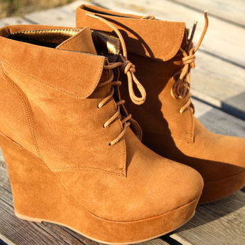 The Lexi Bootie {camel}