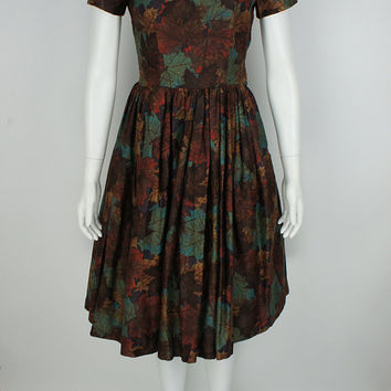 Vintage 1950's Fit and Flare Dress size Small