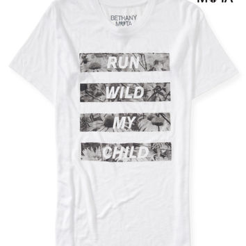 RUN WILD OVERSIZED GRAPHIC T